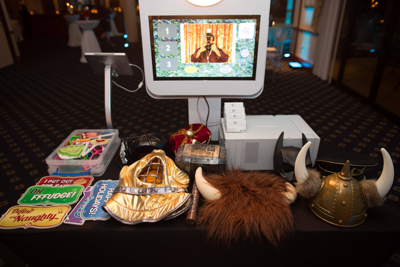 Open Air Photo Booth Kiosk Prop table