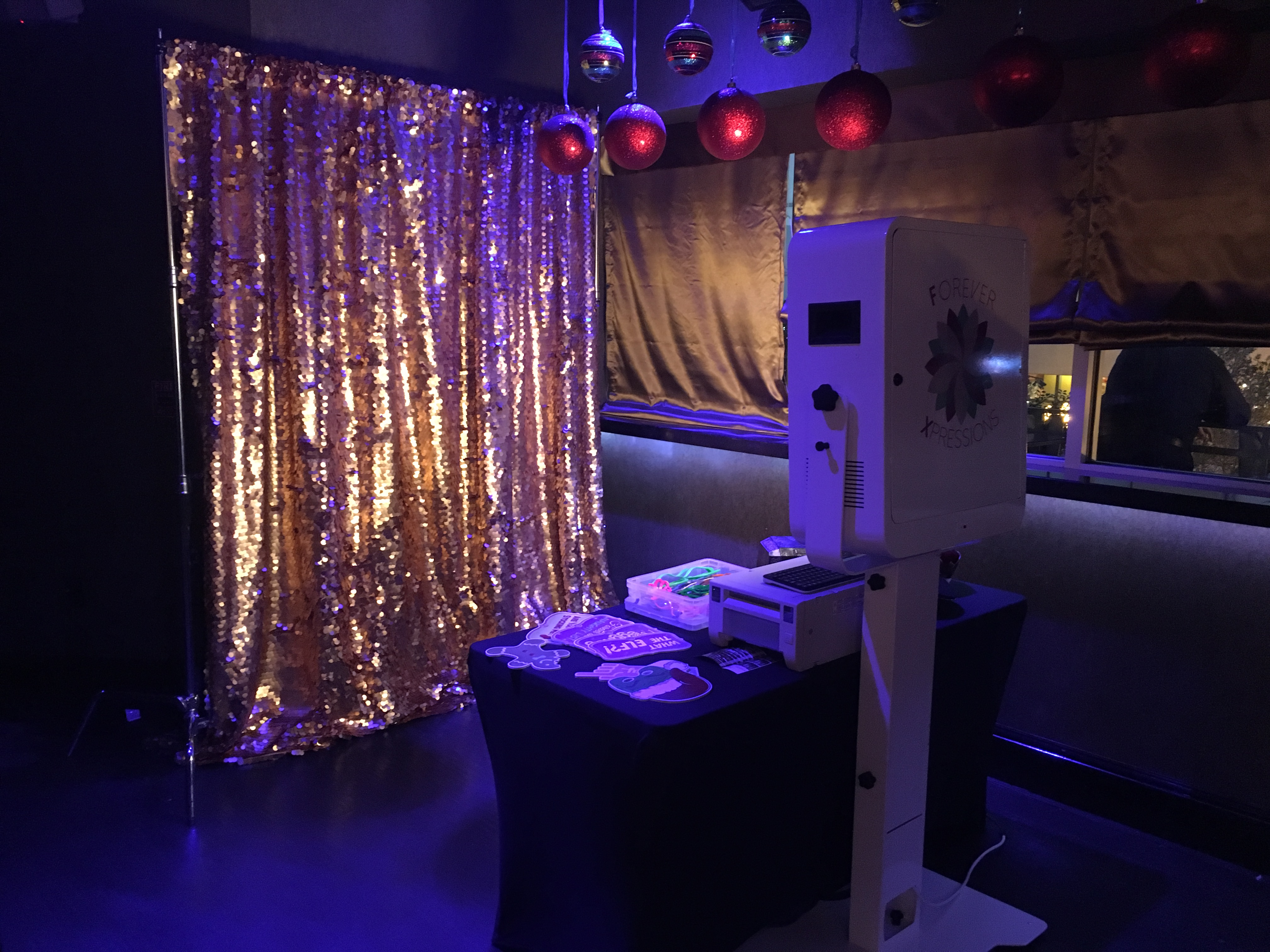 Open Air Photo Kiosk with Gold Sequins Backdrop 7x7 floor space
