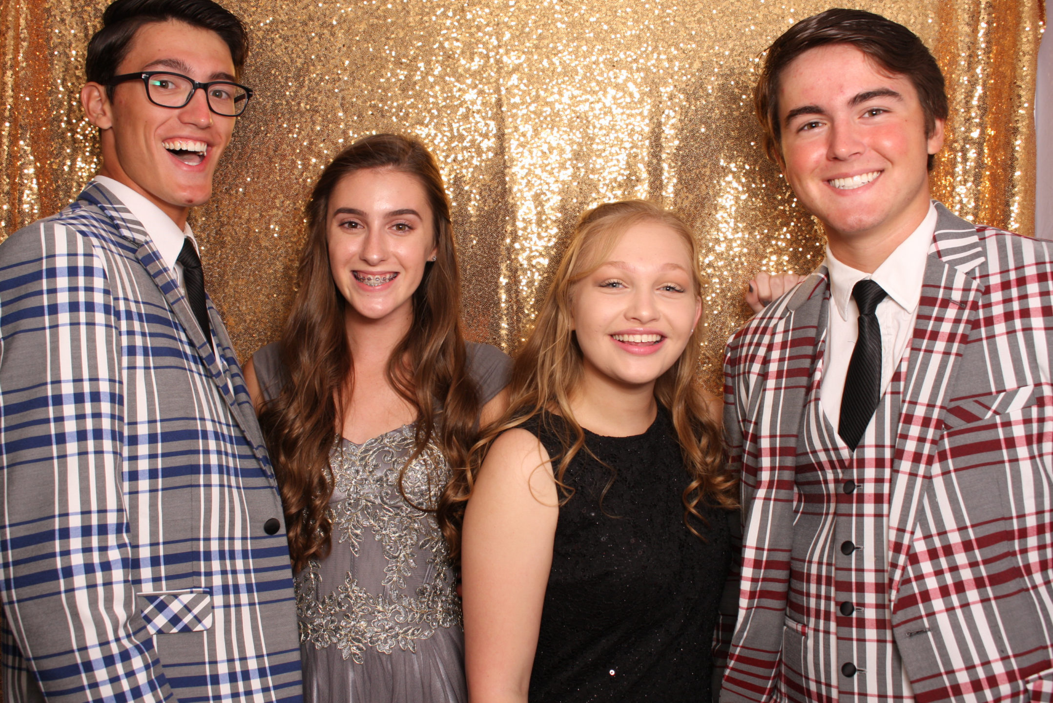 Gold Glitter Backdrop Prom Photo in Ultra Booth